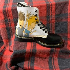 Beavis and Butthead Dr Martens lace up boots!